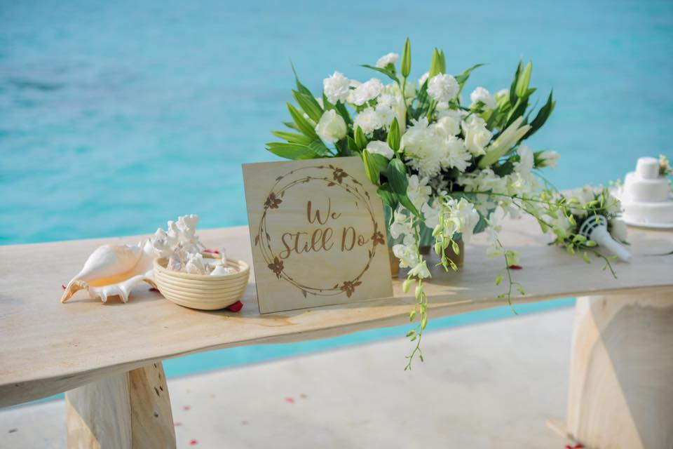 vow renewals decor